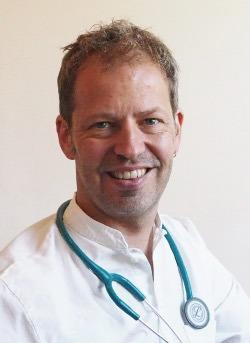 Dr. Ruttner Martin